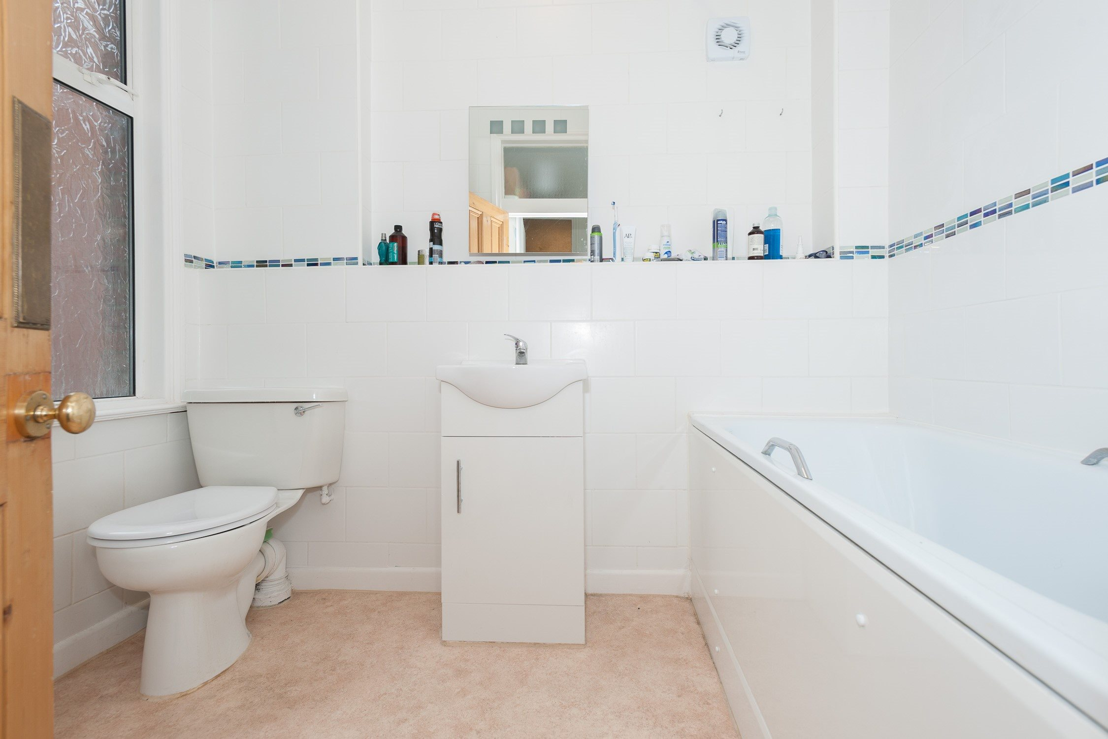 Portico Studio Flat Recently Let In West Hampstead Compayne Gardens Nw6 280pw