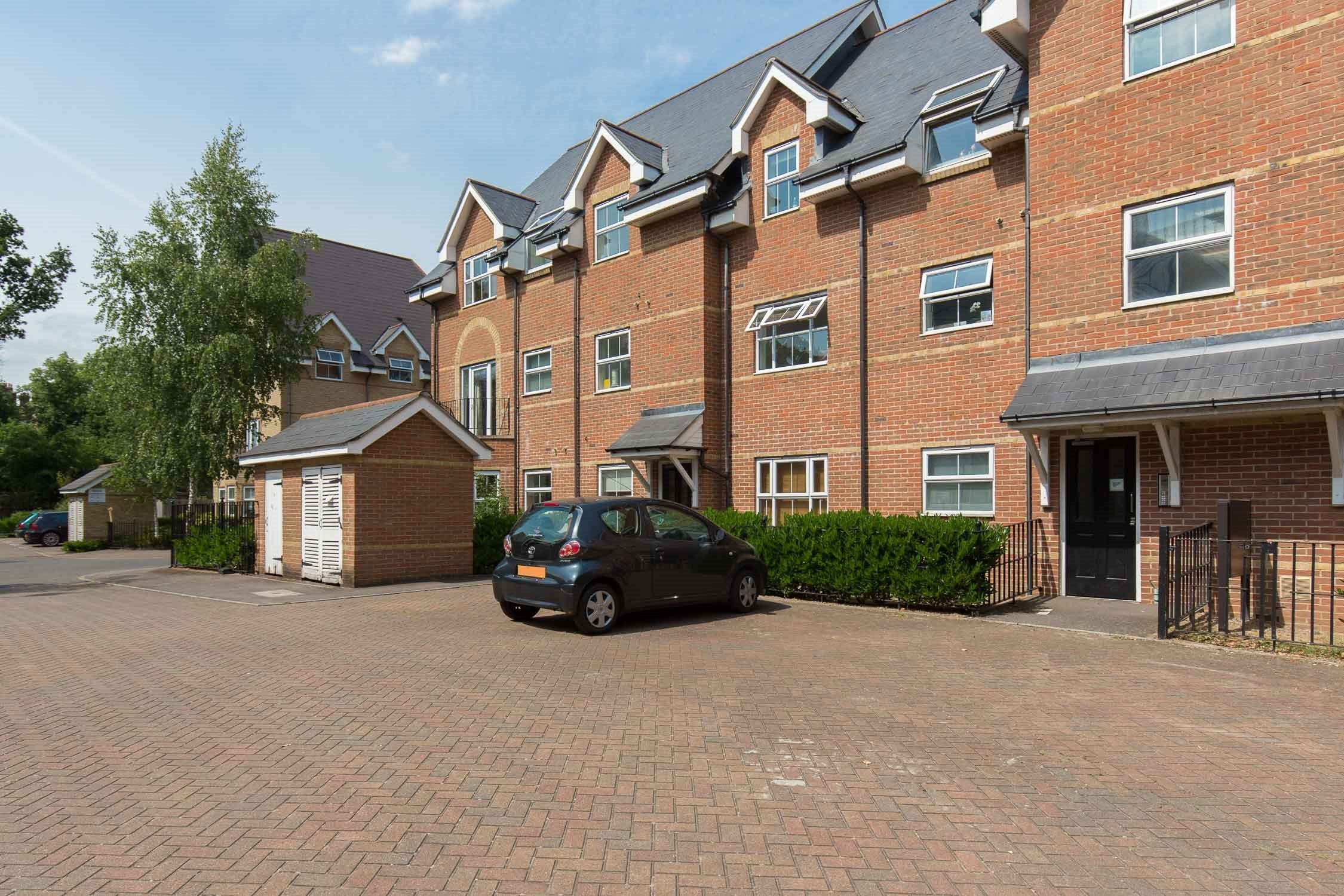 Portico 2 Bedroom Flat Recently Let In East Dulwich