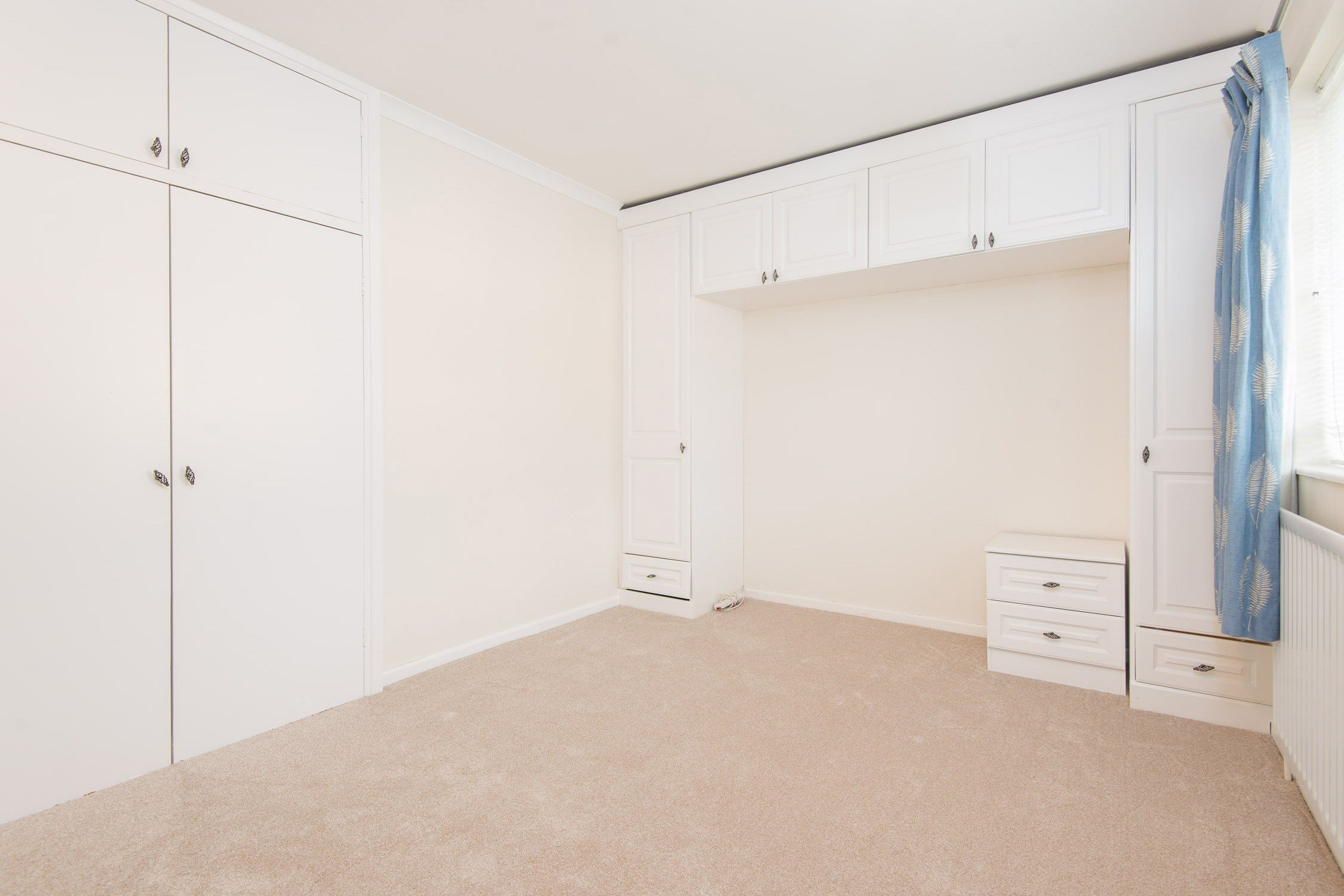 Portico 3 bedroom flat recently let in chiswick for W 4 bathrooms chiswick