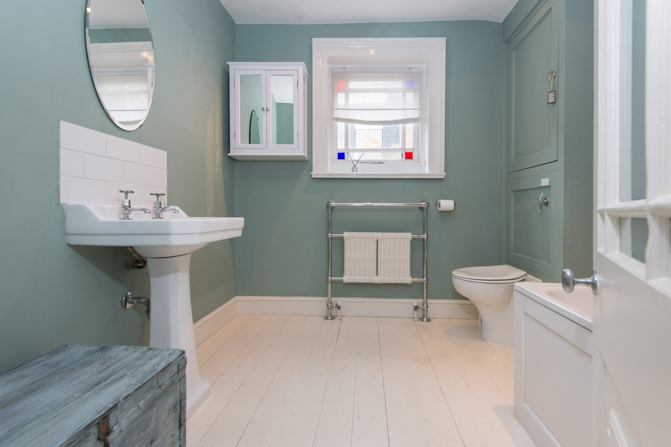 Portico 3 bedroom house recently let in chiswick for W 4 bathrooms chiswick