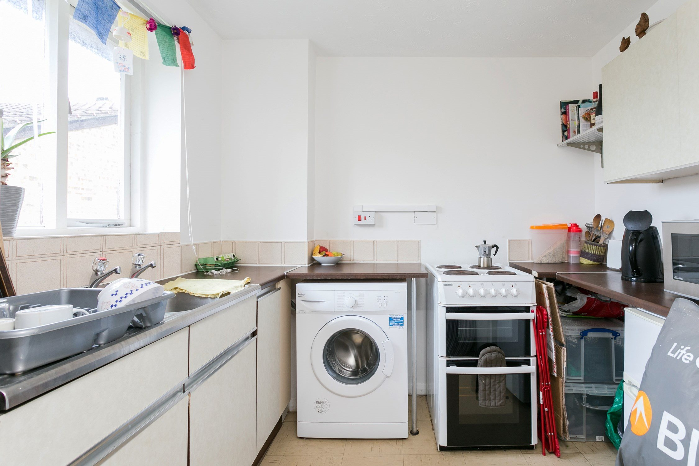Portico Studio Flat Recently Let In Leyton South