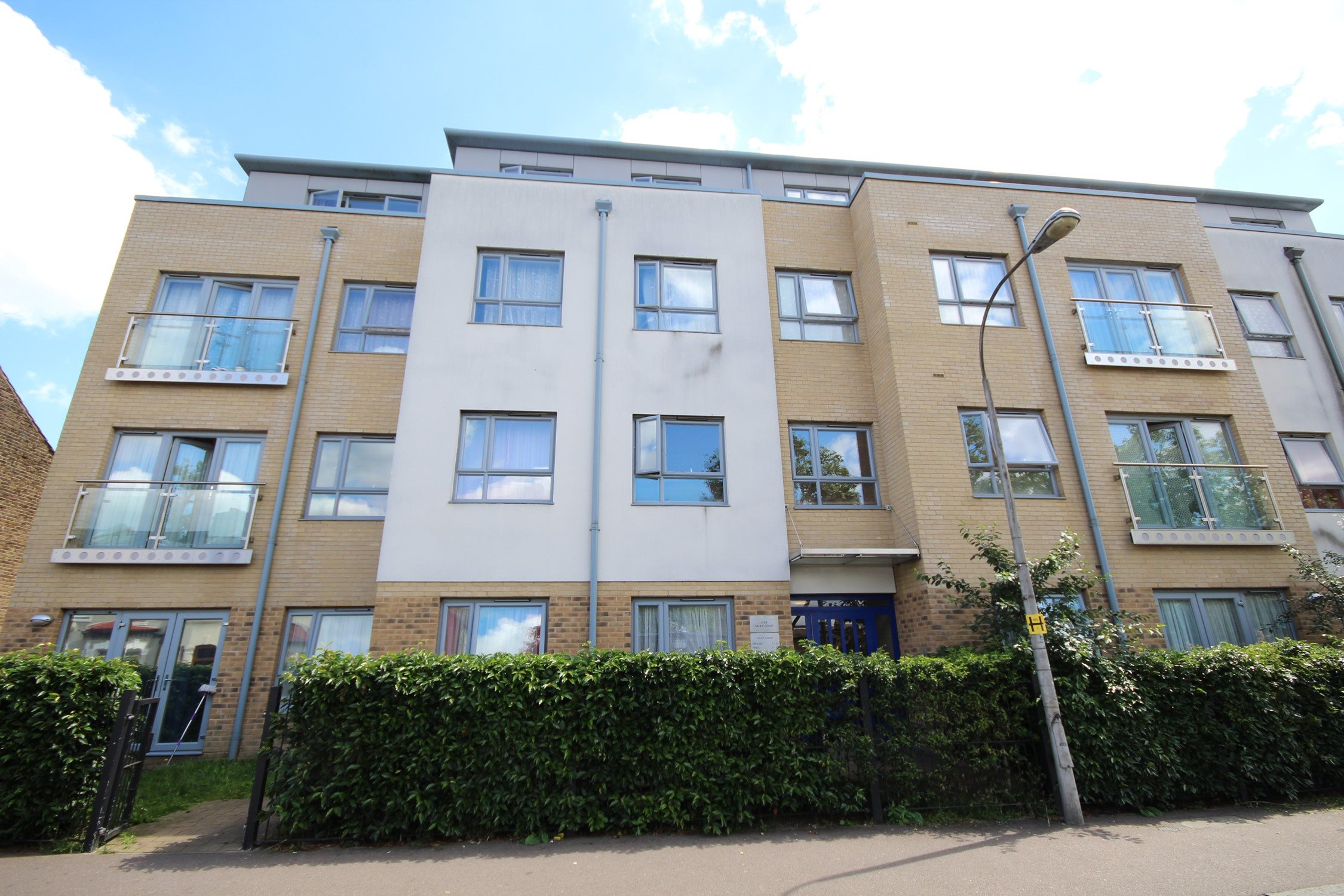Portico 2 Bedroom Flat Recently Let In Walthamstow