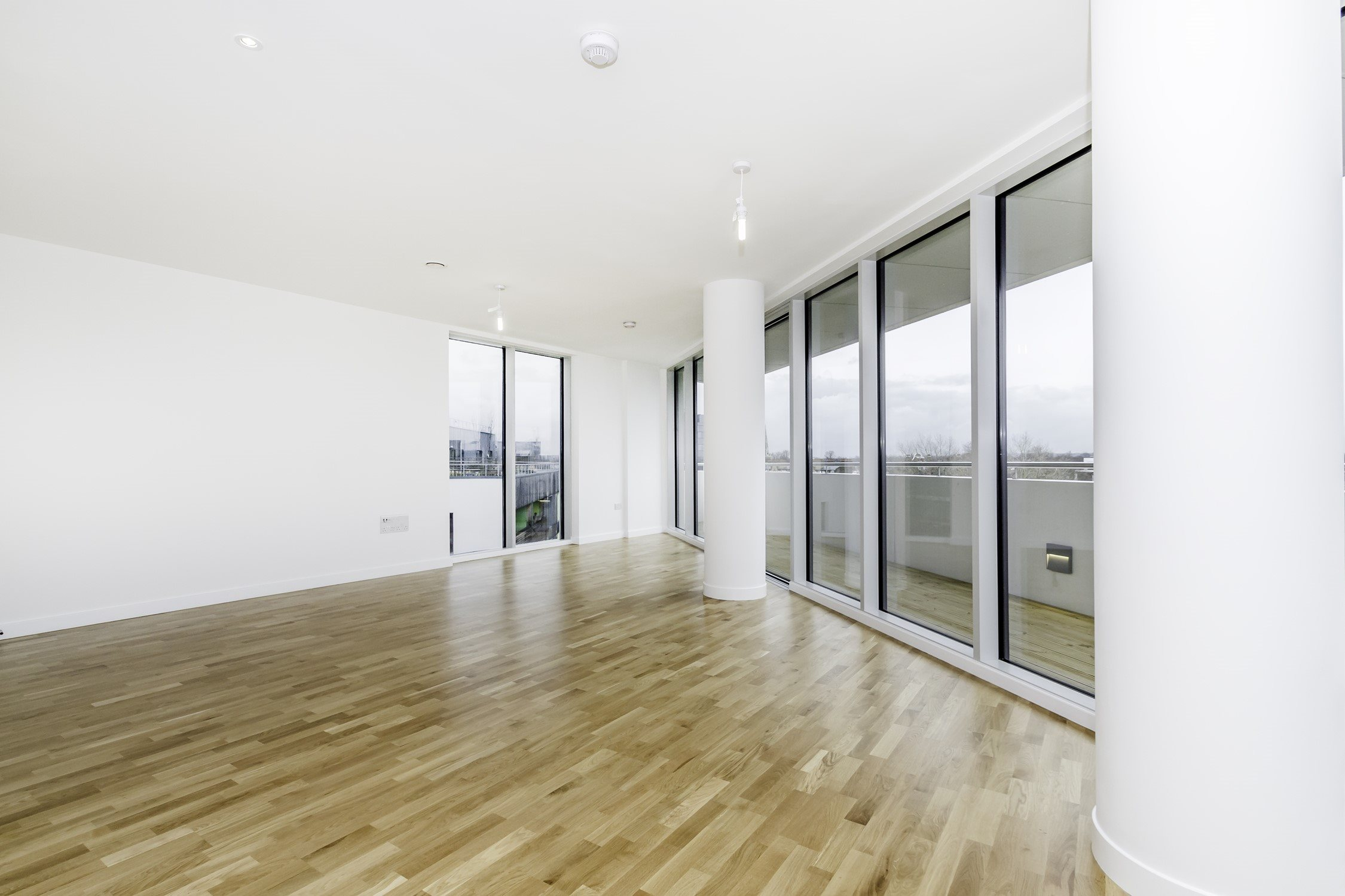 Portico 1 Bedroom Flat For Sale In Chiswick Colonial