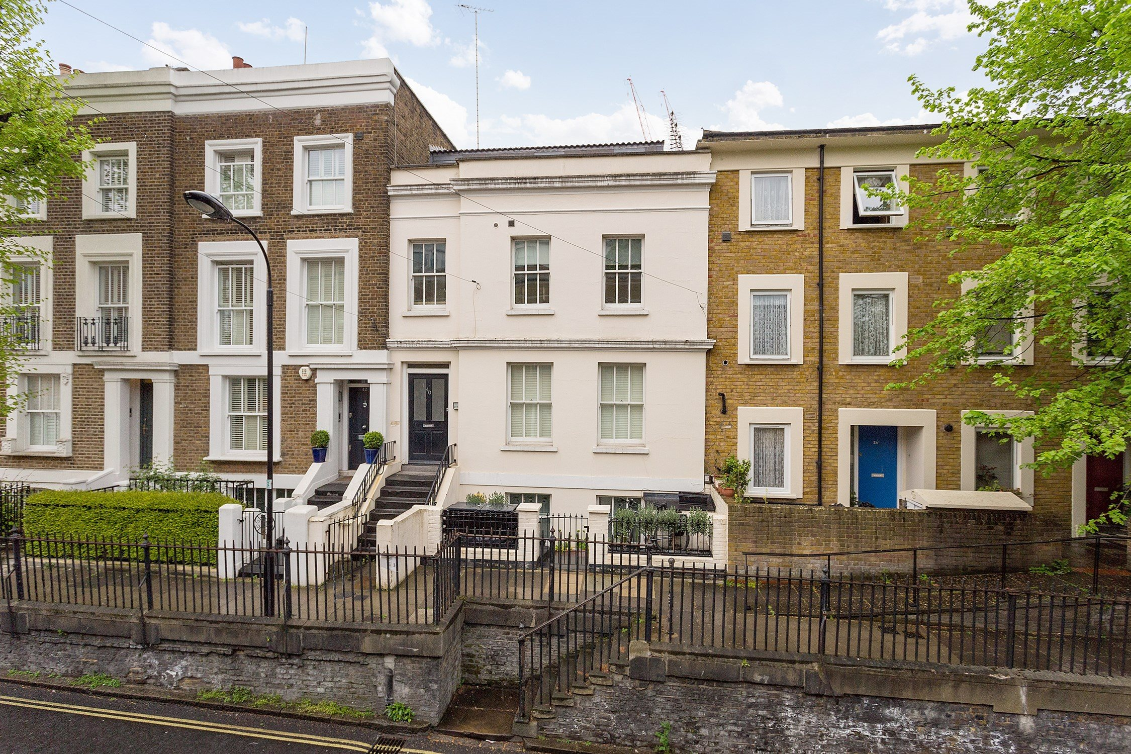 Portico 2 Bedroom Flat For Sale In Hammersmith
