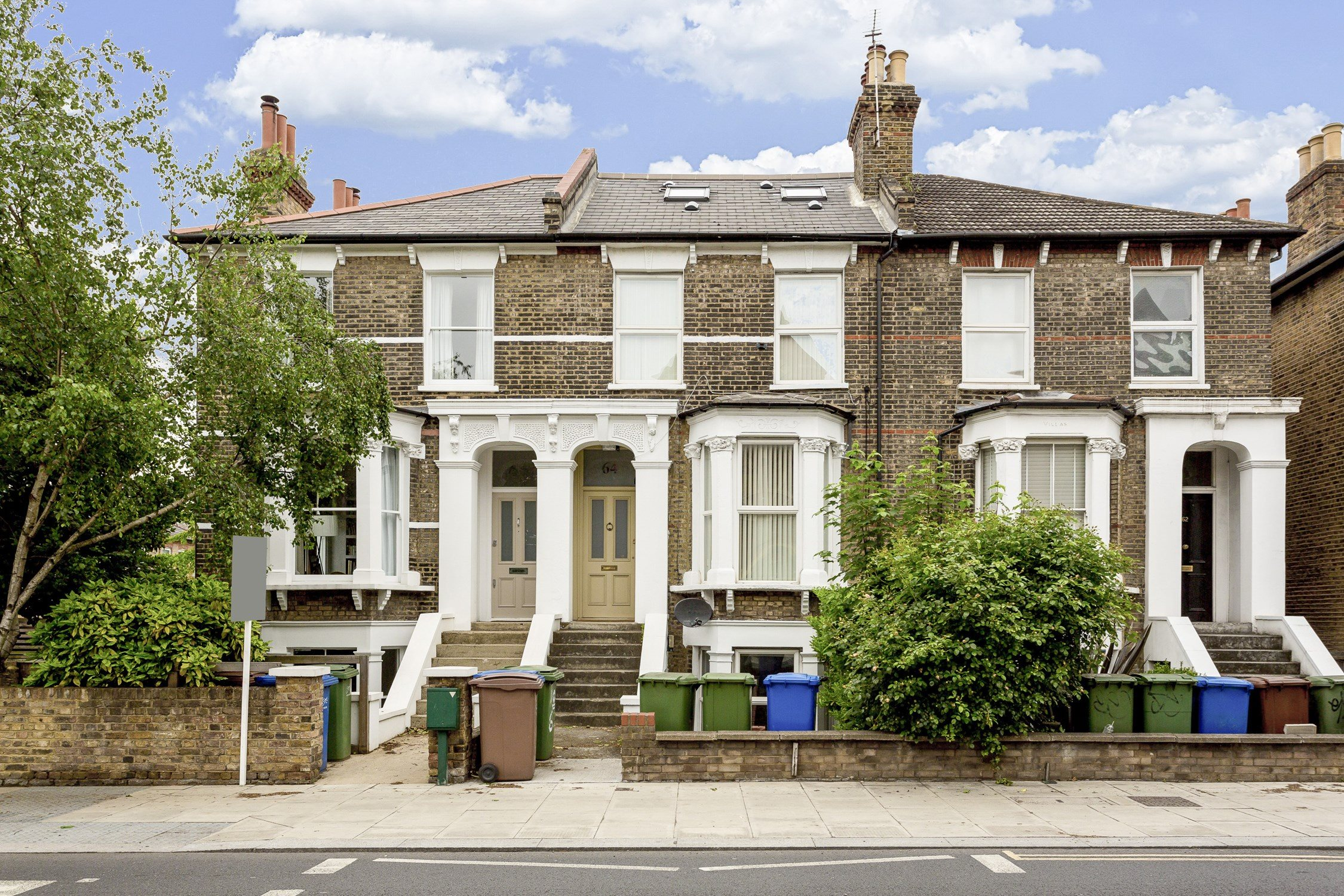 Portico 2 Bedroom Flat For In Dulwich East Grove Se22 595 000