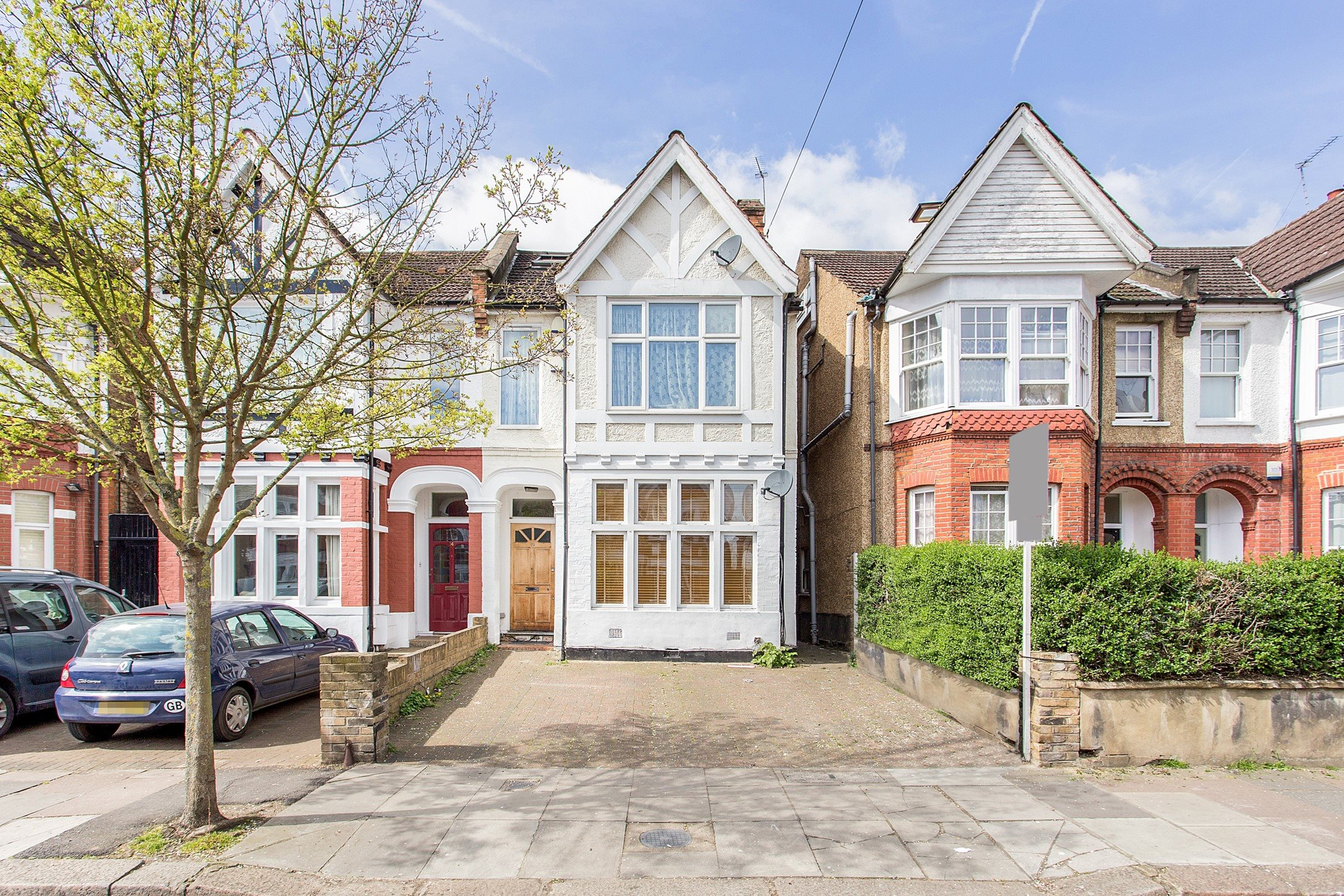 properties to rent and for sale on mill hill road acton
