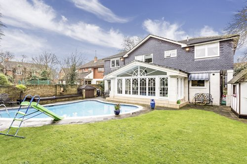 Portico 5 Bedroom House For Sale In Chigwell Row Chapel Lane Ig7 1650000